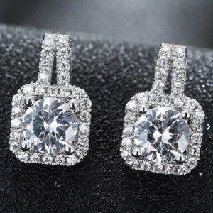 Elegant 925 Silver Stud Earrings White Diamond